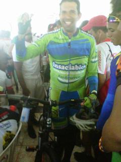 Un Insaciable (Oscar) sale con nueva bici en mano, en rifa de los Trilleros Veganos!
